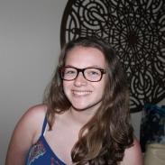 Head-shot of Zoe Weintraub